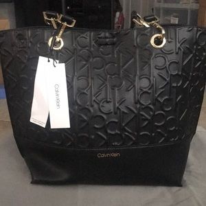 NWT CALVIN KLEIN Sonoma Tote with Removable Pouch